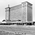 1.train_station